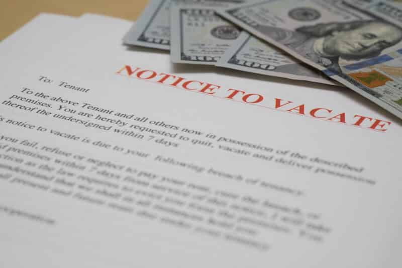 notice to vacate with hundred dollar bills