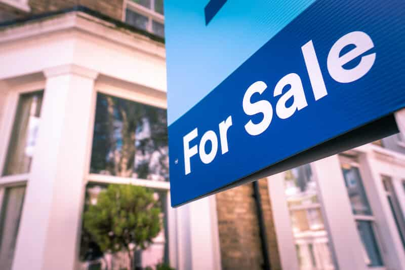 Reasons Why You Might Sell A House After 1 Year